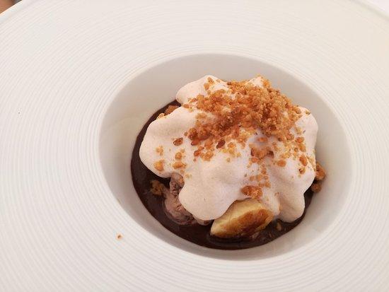 La Terrazza del Chiostro: Banana split..tata. Mattonella. Pici all'aglione. Cinta senese.