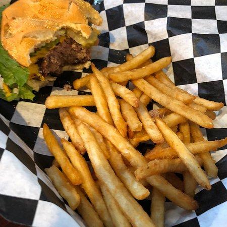 Chetek, WI: Caddy Shack Bar & Grill