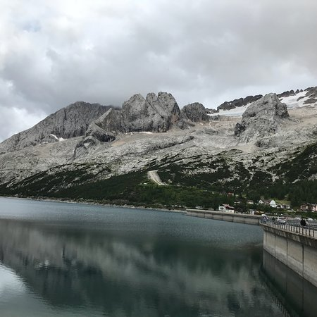 Lago di Fedaia: photo1.jpg