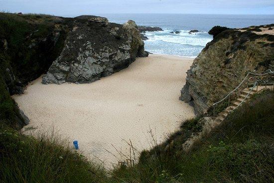 Praia de Porto Covinho