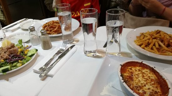 Amarcord Italian Restaurant: Cena en Amacord