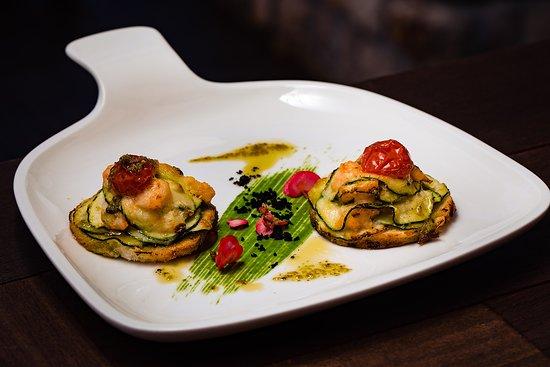 Zori Restaurant: Bruschetta with zucchini and baby shrimps