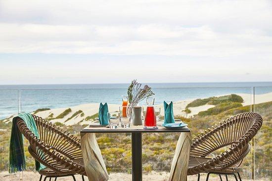 De Hoop Nature Reserve, Južná Afrika: Morukuru Beach Lodge breakfast in the room