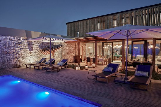 De Hoop Nature Reserve, Južná Afrika: Morukuru Beach Lodge courtyard and pool