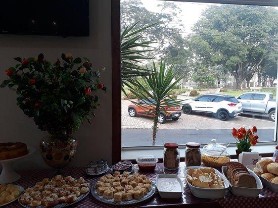 Dois Corregos, SP: Café da manhã