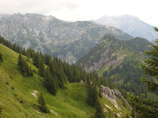 Mount Tegelberg: Аммерские горы - природный заповедник - вид с Тегельберга