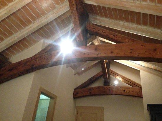 nice beams - Picture of Auberge du Raisin, Cully - TripAdvisor