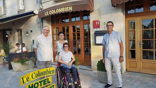 Bar Le Colombien : l'entrée du restauranr
