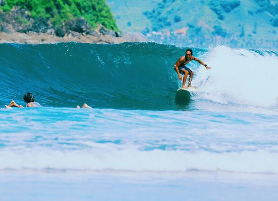 Selong Belanak, Indonesia: MUL'S SURF SCHOOL