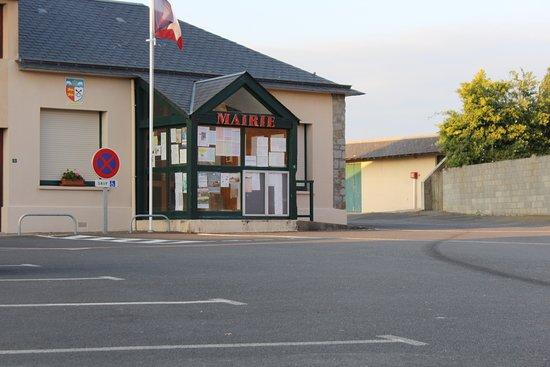 Huisnes sur Mer, France: Rathaus vom ort