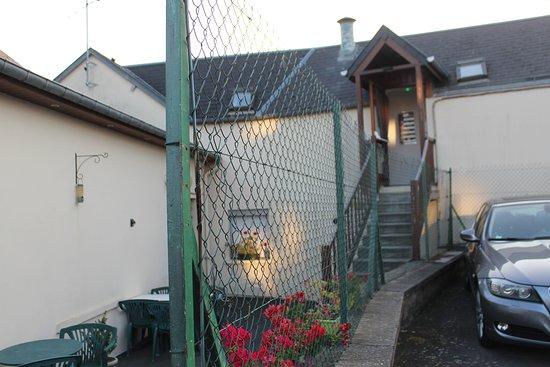 Huisnes sur Mer, France: Aufgang in die Zimmer