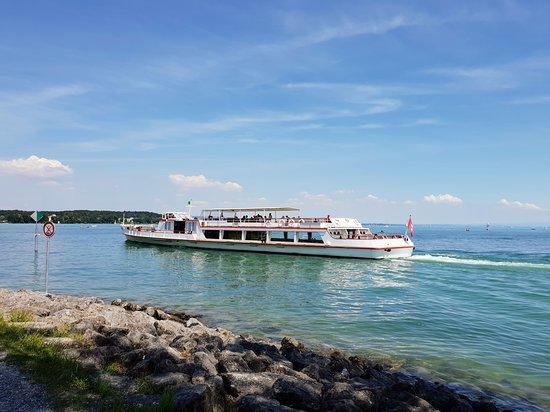 Kreuzlingen, Zwitserland: Auch der Hafen ist am Park