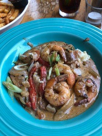Yahoola Creek Grill: Shrimp & Grits!