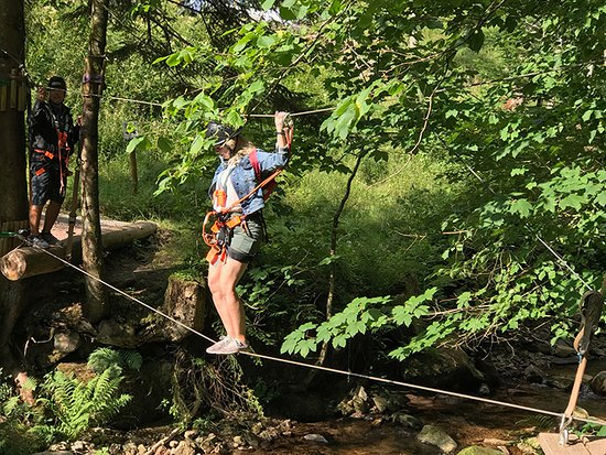 Hirschgrund - Zipline Area Schwarzwald: At the end we took a tight rope over a river.