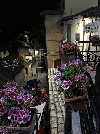 Sant'Agata di Puglia, Italie: Paese davvero curato e pulito