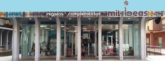 Lorca, Spain: Tienda especializada en regalo con más de 10000 referencias originales