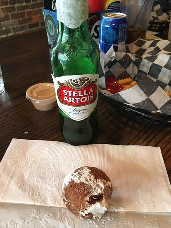 Jack Brown's Beer & Burger Joint: Fried Oreo