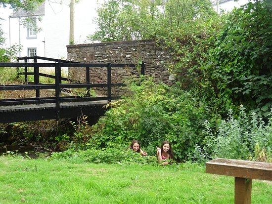 אנגוס, UK: Tannadice Village