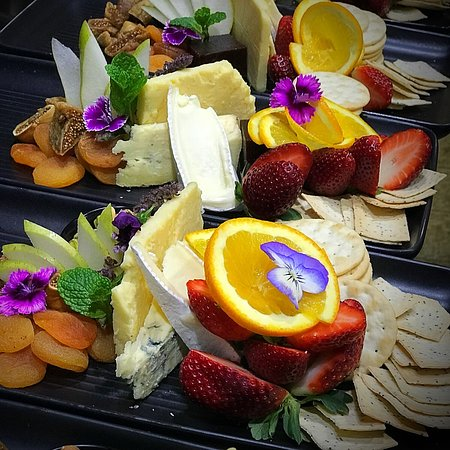 Koi Dining & Lounge Bar: Cheese 🧀 Platter perfection!!