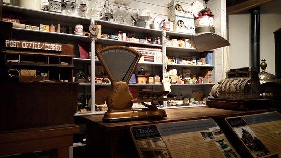 Alpine, TX: Store display