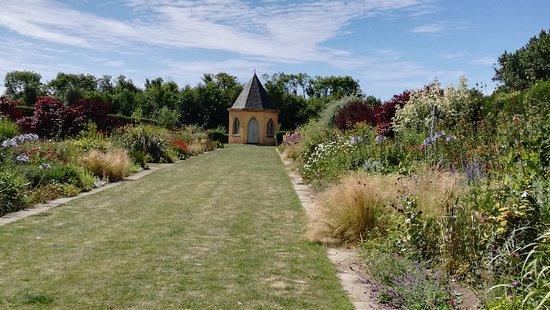 Ballymaloe Gardens