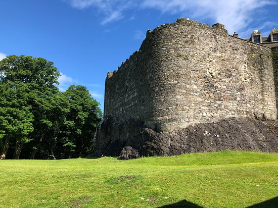 Dunstaffnage Castle & Chapel