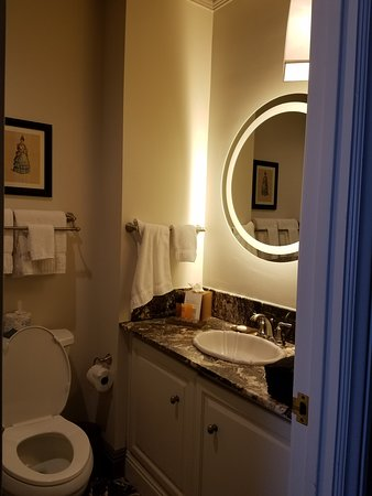 All granite bathroom with art deco touches