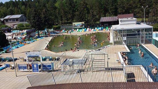 """Πρεσόβ, Σλοβακία: W lewym basenie woda siarkowa """"brudna"""""""