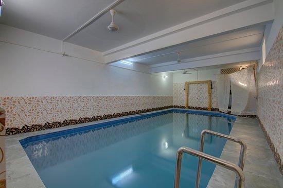 Oyo 3415 hotel heera court jaisalmer rajasthan hotel - Jaisalmer hotels with swimming pool ...