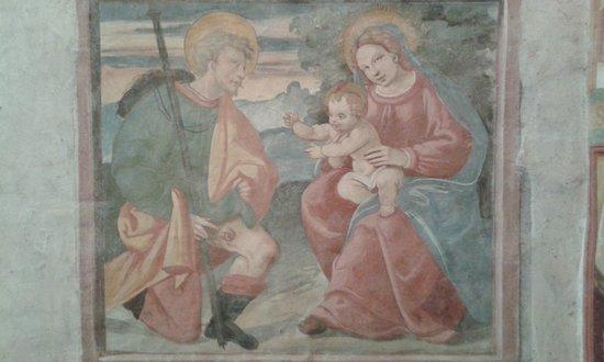 Colzate, อิตาลี: un affresco devozionale sulla parete nord del piccolo sacello