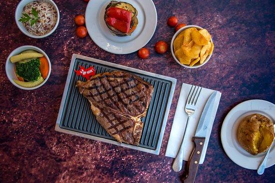Hobo's Steak House (Not Hobo Cafe): American Porter House T-Bone Steak (approx.500gr)