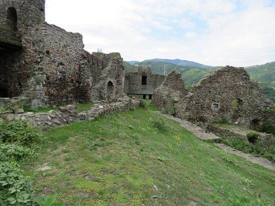 Maglic Fortress: foreress interior