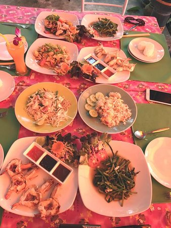 Mango Tree Restaurant & Bar Lipa Noi, Samui: Happy Meal @mango tree restaurant & Bar, Koh Samui