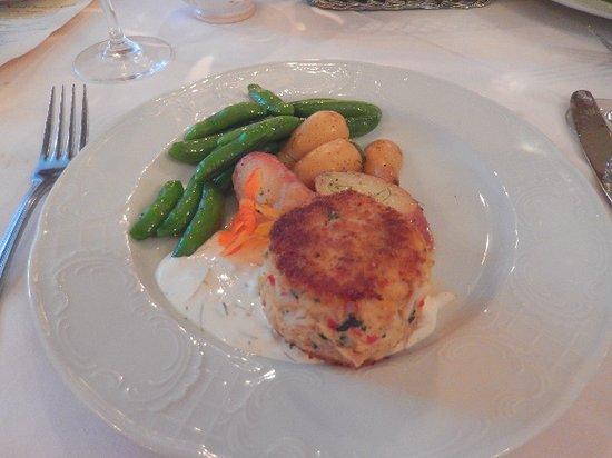 Peter Herdic House Restaurant: Crab cake dinner.