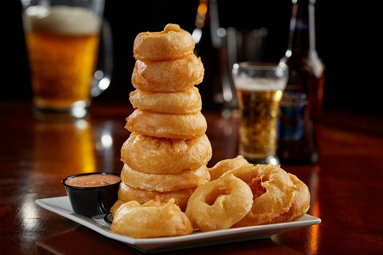 Ashwaubenon, Wisconsin: Hand Battered Onion Ring Tower!