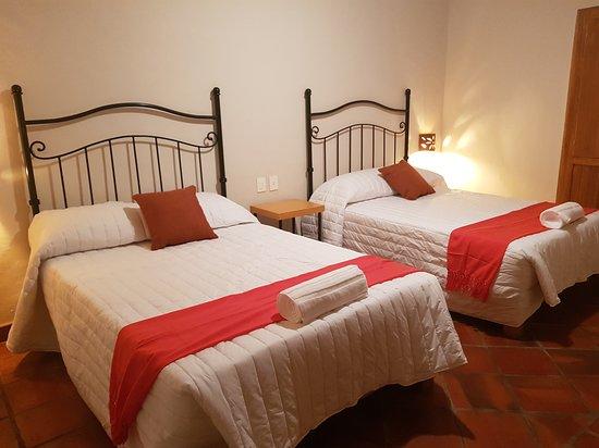 Hotel puerta san pedro 47 5 5 updated 2019 prices - Ceramica san pedro ...