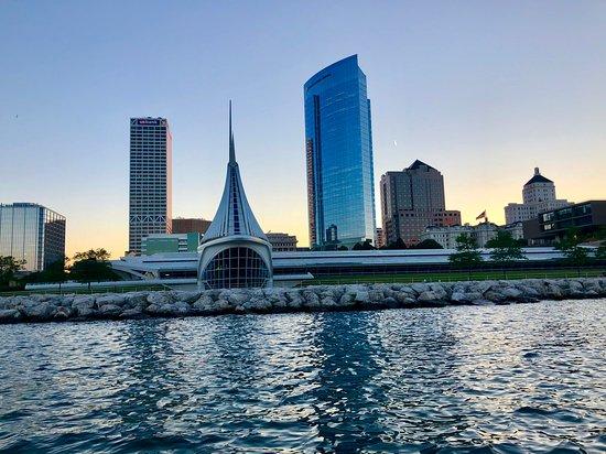 Riverwalk Boat Tours Milwaukee 2020 All You Need To