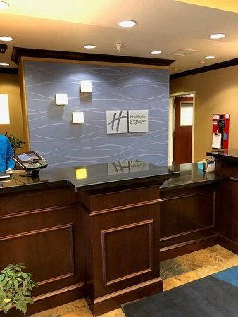 Holiday Inn Express & Suites Great Falls Image
