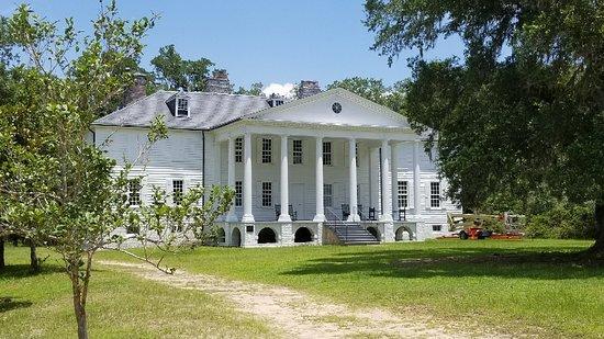 Hampton Plantation State Historic Site