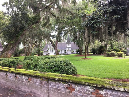 Wesley Oak. - Picture of Christ Church, Saint Simons Island ...