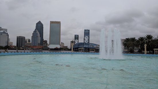 Friendship Fountain view