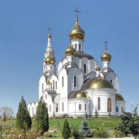 St. Iver Monastery: Свято-Иверский женский монастырь, верхний храм