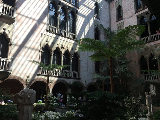 Isabella Stewart Gardner Museum: Totally unexpected.