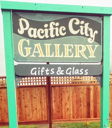 ‪Pacific City Gallery‬