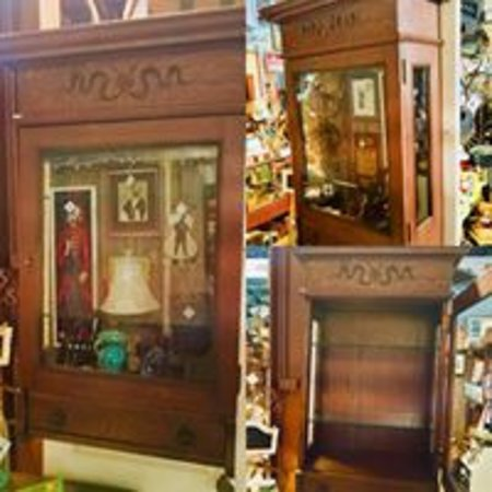 Rabbit Hole Antiques U0026 Collectibles: Oak Hanging Cabinet