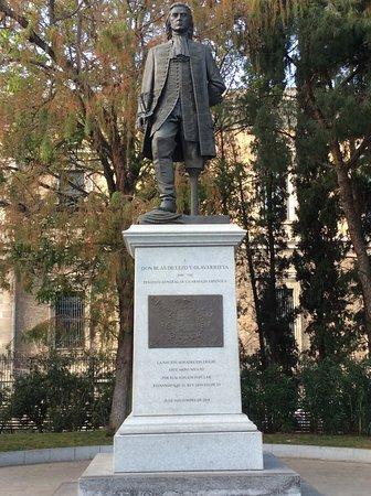 Monumento a Don Blas de Lezo y Olavarrieta