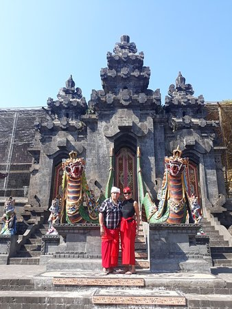 Pemuteran Taxi Bali Tour