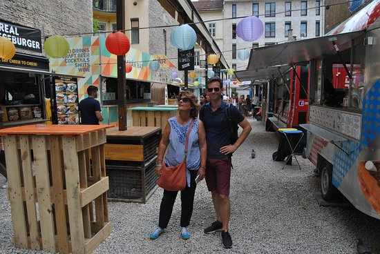 Toures de Budapest