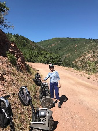 """Aventura en Segway Off-Road: """"Parking"""" the Segways for a snack and view of Glenwood Springs."""