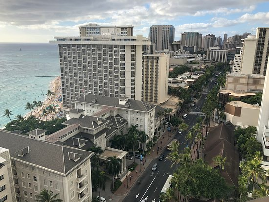 Hyatt Regency Waikiki Beach Resort Spa Photo